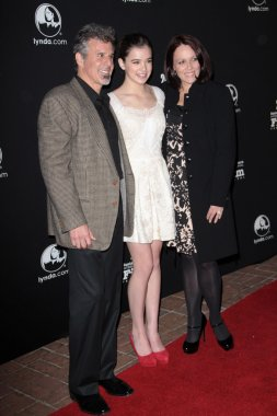 Hailee Steinfeld with Parents Peter Steinfeld and Cheri