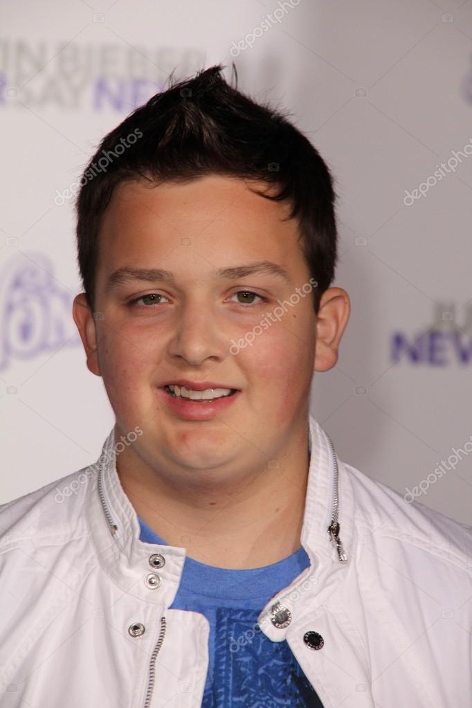 Noah Munck how old