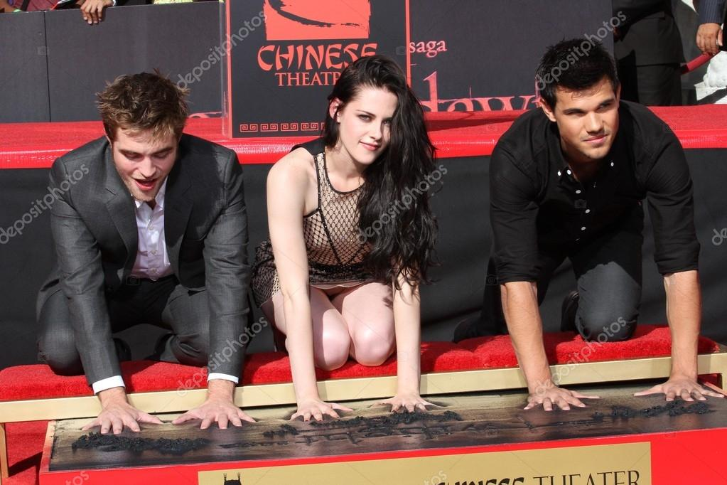 Robert Pattinson, Kristen Stewart and Taylor Lautner at the 'Twilight' Hand and Footprint Ceremony, Chinese Theater, Hollywood, CA 11-03-11 stock vector