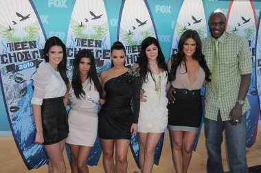 Kendall Jenner, Kourtney Kardashian, Kim Kardashian, Kylie Jenner, Khloe Kardashian, Lamar Odom at the 2010 Teen Choice Awards - Arrivals, Gibson Amphitheater, Universal City, CA. 08-08-10