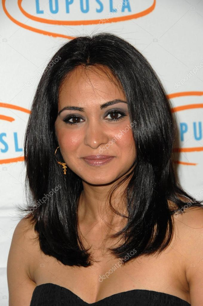 actress parminder nagra won a huge legal battle with her - HD2848×4288