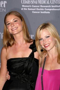 Emily VanCamp and Sarah Jane Morris