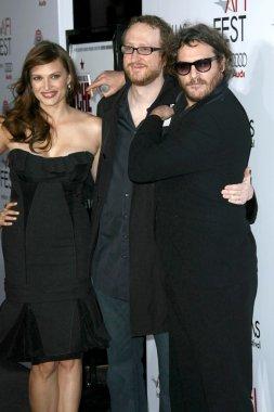 Vinessa Shaw with James Gray and Joaquin Phoenix