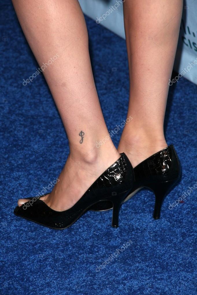 Jodi Lyn O Keefe Feet