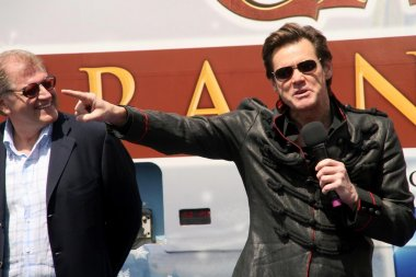 Robert Zemeckis and Jim Carrey