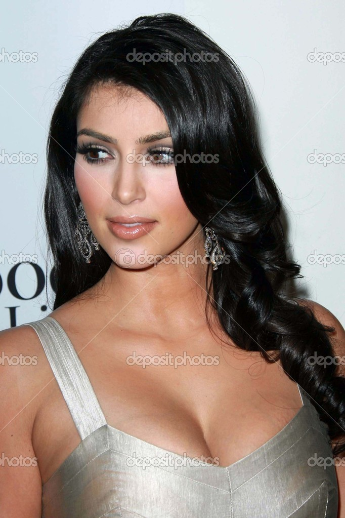 Kim Kardashian At Movieline S 4th Annual Hollywood Life Style Awards Pacific Design Center West Hollywood Ca 10 07 07 Stock Editorial Photo C S Bukley 15936963