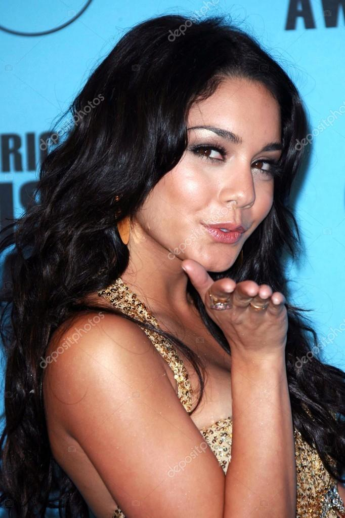 Vanessa anne hudgens voyuer photo all clear