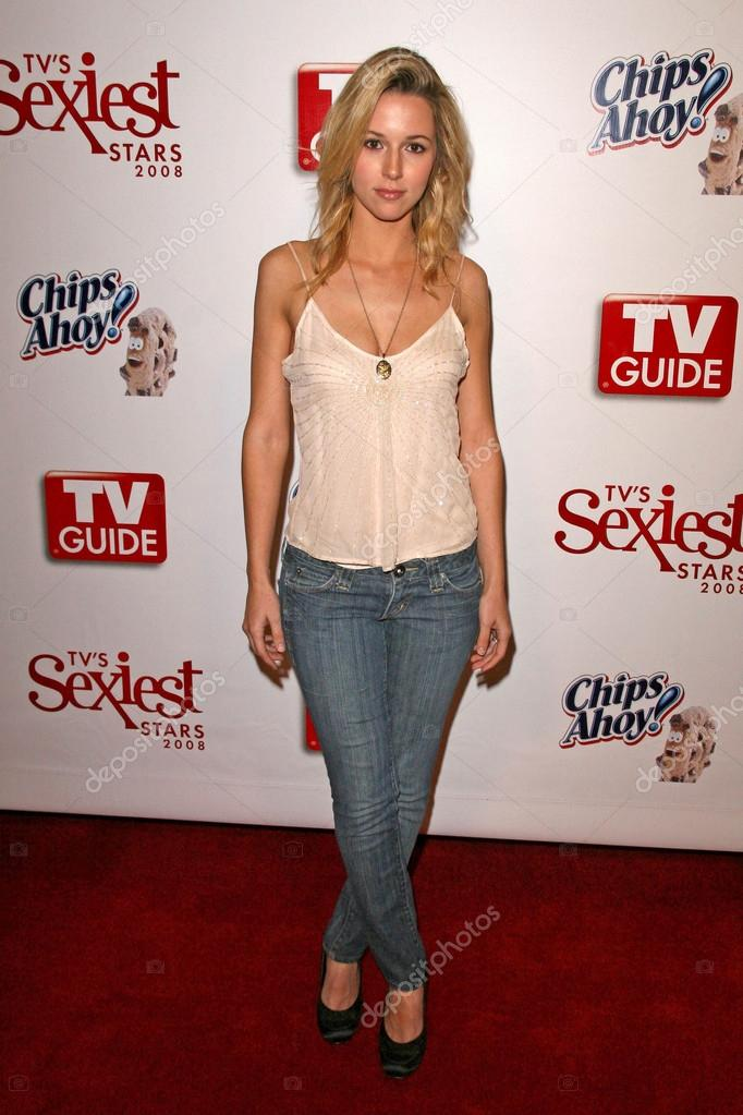 Alona Tal In Jeans