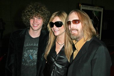 Tom Petty with wife Dana and family