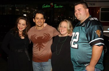 Kimberly Williams and Brad Paisley with guests