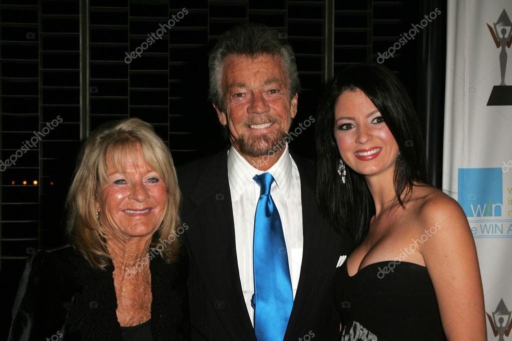 妻と娘とスティーブン j カネル ...