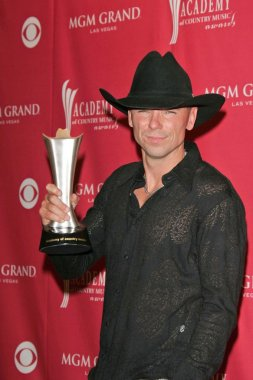 Kenny Chesney in the press room at the 41st Annual Academy Of Country Music Awards. MGM Grand, Las Vegas, NV. 05-23-06