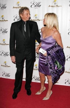 Barry Manilow, Suzanne Somers