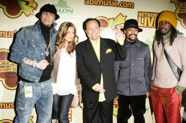 Taboo, Fergie, Sergio Mendes, Apl.de.Ap, and Will I Am