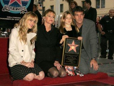 Antonio Banderas, Melanie Griffith, Stella Banderas, Dakota Johnson