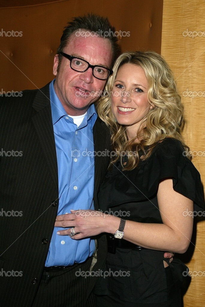 トム ・ アーノルドと妻シェルビ...