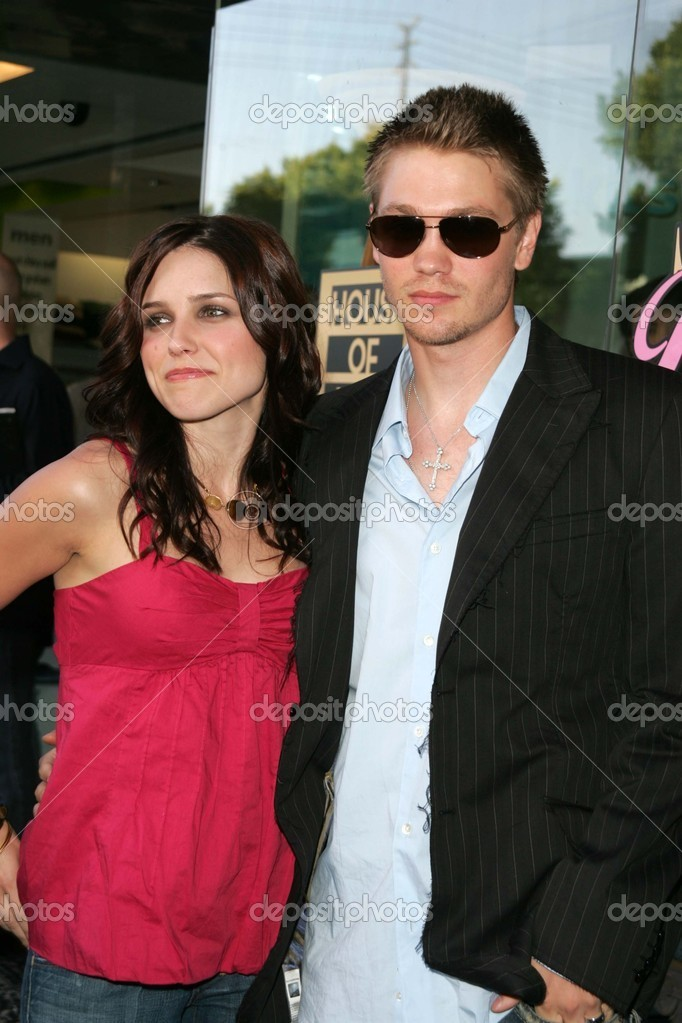 Who dating chad michael murray 8