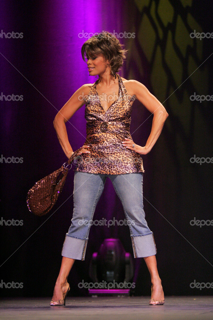 valarie pettiford shows