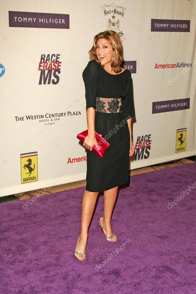 Jennifer esposito black dress this