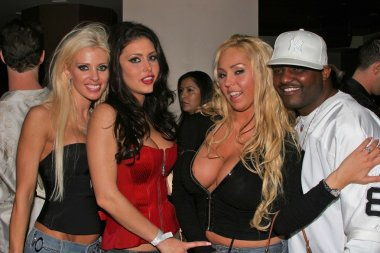 Tawny Roberts, Jesica Jaymes, Mary Carey and Aries Spears