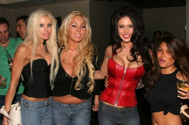 Tawny Roberts, Mary Carey, Jessica Jaymes and Charmane Sta