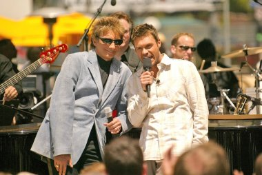 Barry Manilow and Ryan Seacrest