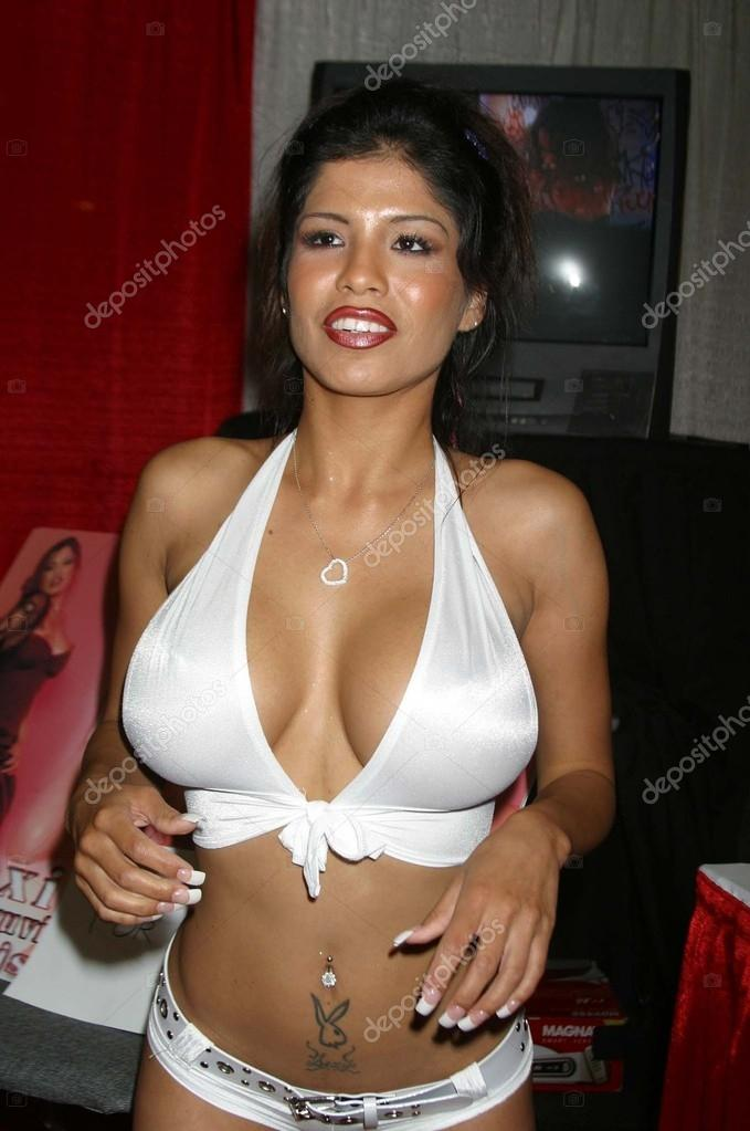 Alexis Amore At The Erotica La Convention Los Angeles Convention Center Los Angeles Ca  Photo By S_bukley