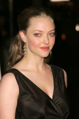 Amanda Seyfried at the Los Angeles Premire of the HBO Original Series Big Love. Graumans Chinese Theater, Hollywood, CA. 02-23-06