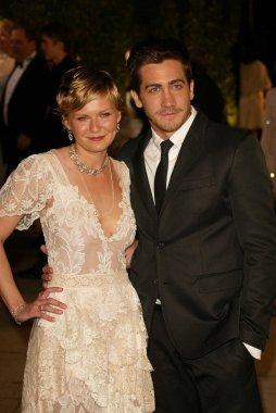Kirsten Dunst and Jake Gyllenhaal