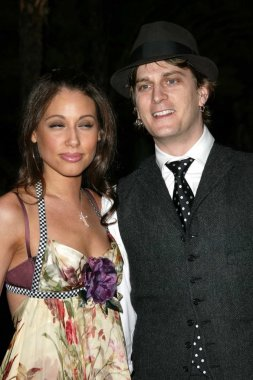 Rob Thomas and wife Marisol
