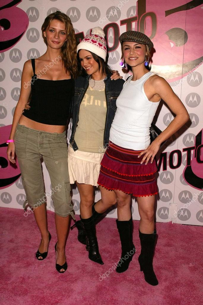 Mischa Barton, Rachel Bilson and Samaire Armstrong – Stock ...