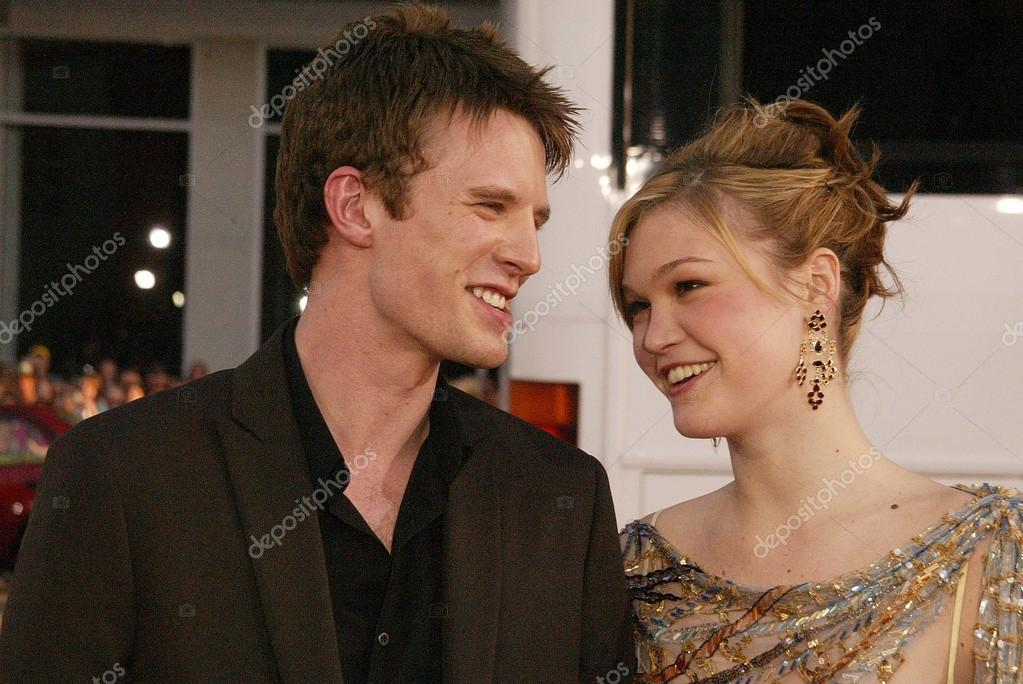 Julia Stiles SHAG-TREE Dating history relationship tree etc