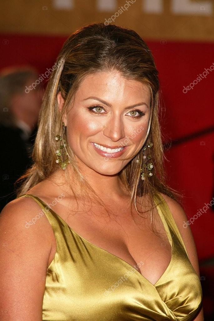 Genevieve Gorder From Trading Spaces At The 30th Annuals Choice Awards