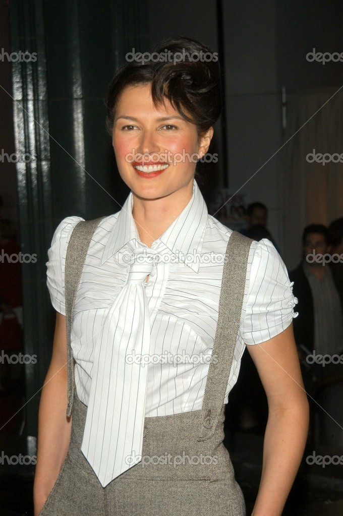 Karina Lombard At The Premiere Of Showtimes The L Word At The Bing Theater Lacma Los Angeles Ca  Photo By S_bukley
