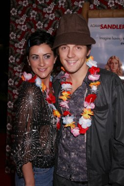 Jason Mraz and Jen Stryker