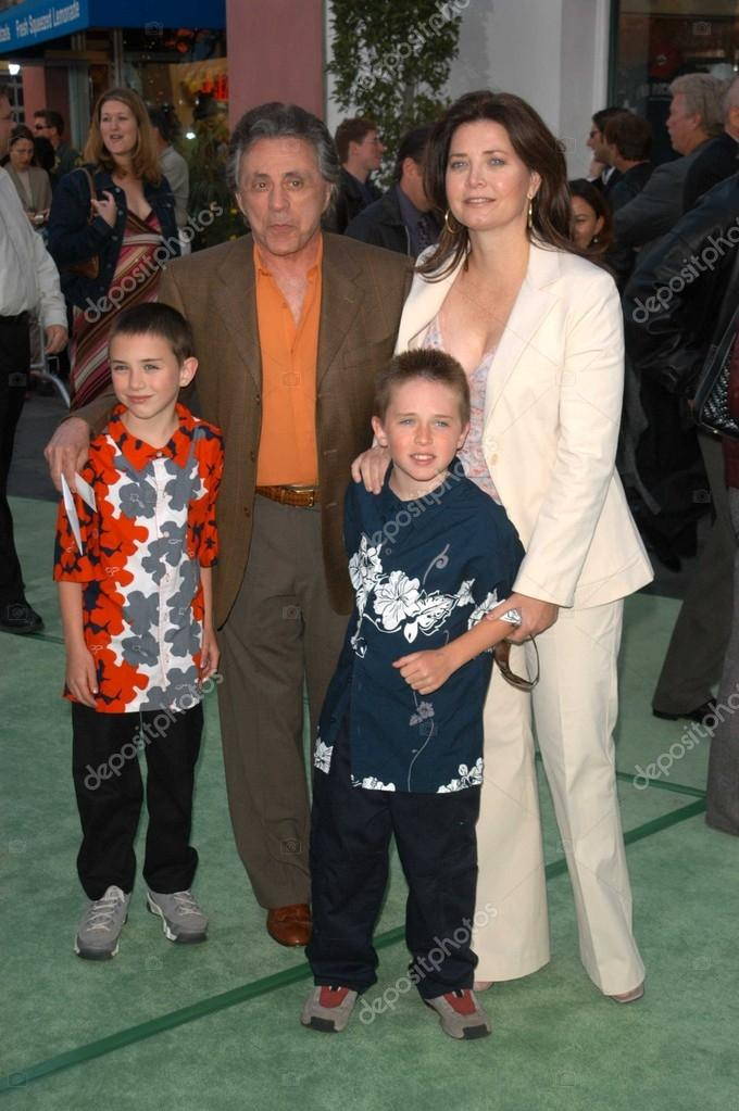 Family photo of the actor &  musician famous for Lead Singer Of Frankie Valli And The Four Seasons..