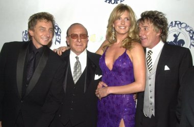 Barry Manilow, Clive Davis, Penny Lancaster and Rod Stewart