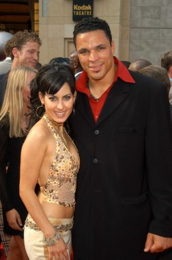 Tony Gonzalez and Kerri Kasem