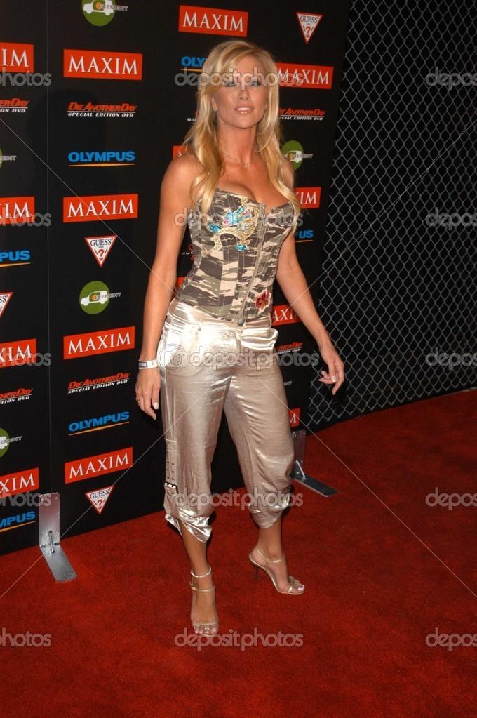 Lisa Dergan nude 875