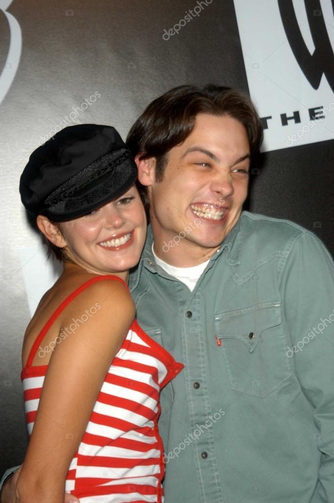 Mike Erwin dating Manti te dating