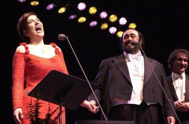 Luciano Pavarotti and Annalisa Raspagliosi