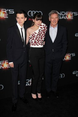 Asa Butterfield, Hailee Steinfeld, Harrison Ford