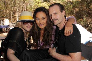 Jennifer Blanc-Biehn, Tia Carrere, Michael Biehc