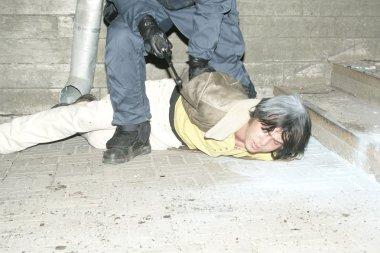 Police officer arrests near Bronze Soldier in Tallinn Est
