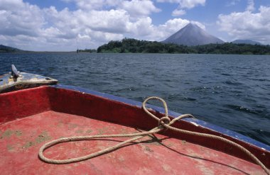 Costa Rica, volcano view out of the boat