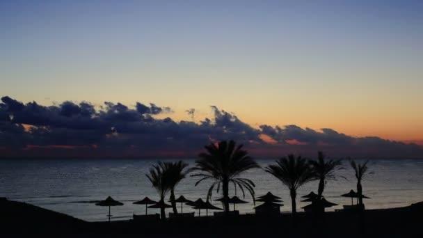 západ slunce na pláži časová prodleva