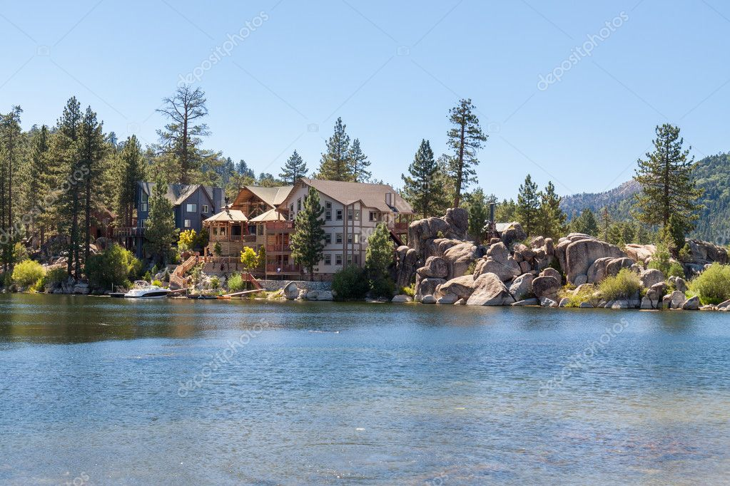 Vacation home on the lake