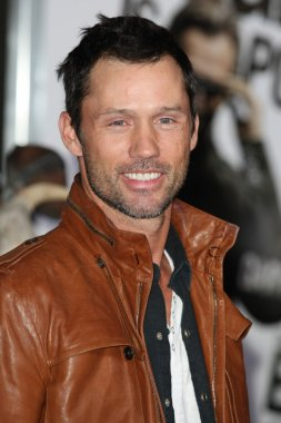 Jeffrey Donovan from Burn Notice attends The Book of Eli premiere