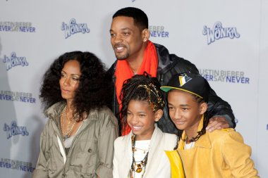 WILL SMITH, JADA PINKETT SMITH, JADEN SMITH, and WILLOW SMITH arrive at the Paramount Pictures Justin Bieber: Never Say Never premiere