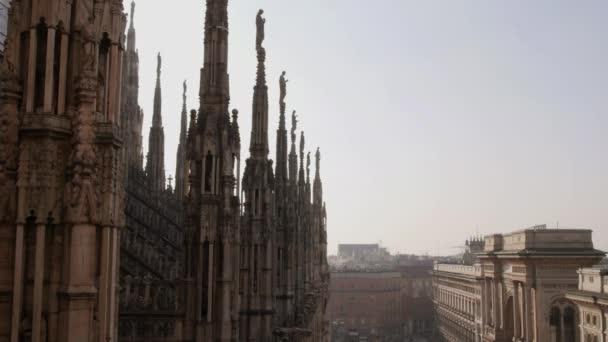 vista di Milano, il Duomo e galleria vittorio emanuele밀라노, 돔 및 갤러리아 비토리오 에마누엘레의 보기